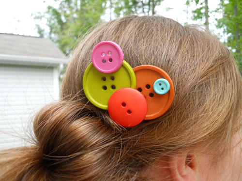 Bunch of Buttons Hair Pin