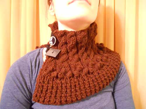 Dark-Chocolate Cowl